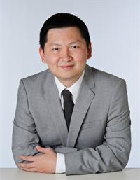 DR Johan Gani